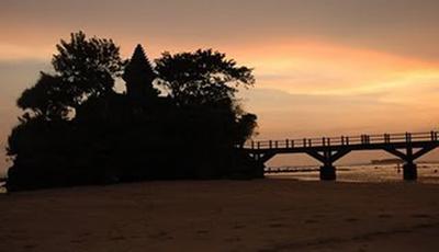 5 Pantai di Malang Selatan yang Wajib Dikunjungi