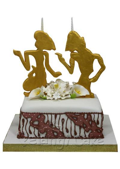 Kue-Kue Cantik Berhiaskan Motif Batik