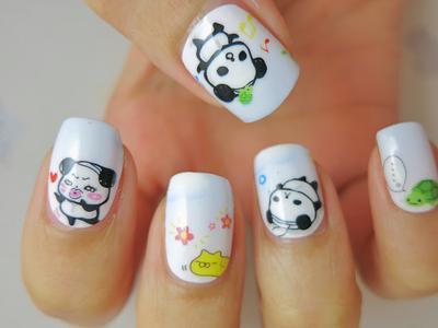 14. Lihatlah panda yang menari ini. Ceria banget sih!