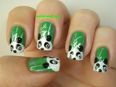 19. Panda-panda ini bersembunyi di hutan bambu yang hijau