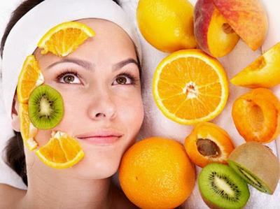 5 Tips Memutihkan Wajah dari Masker Buah Favorit