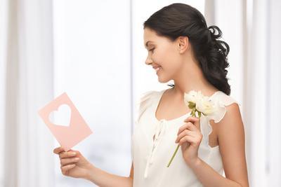 13 Inspirasi Model Undangan Pernikahan Unik