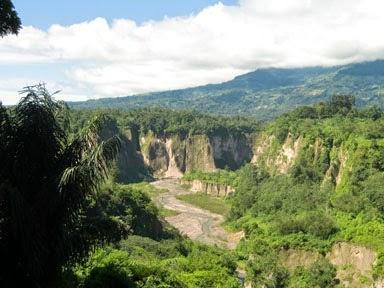 5 Tempat Wisata Terindah di Indonesia (Bagian 4)