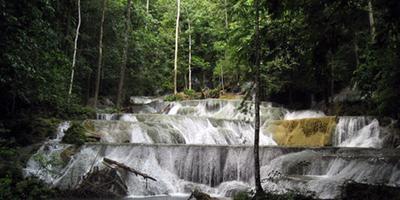 Air Terjun Moramo, Sulawesi Tenggara