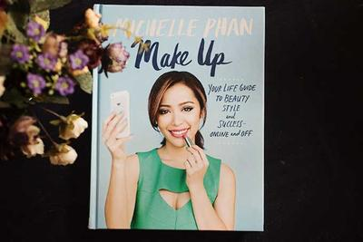 Your Life Guide To Beauty, Style, And Success Online And Off oleh Michelle Phan (Review)