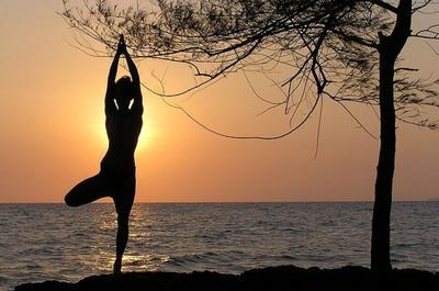 Olahraga Yoga atau Pilates