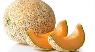 Melon Utuh dan Semangka Utuh