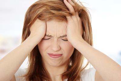 Hilangkan Sakit Kepala Secara Alami Tanpa Obat