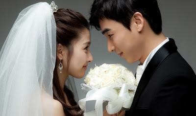 Berawal dari Cinlok, Pasangan Artis Korea Berikut Berakhir di Pelaminan