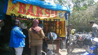 4. Bakso Super Dukuh Kupang