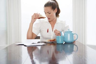 Tips Usir Noda Makanan pada Pakaian