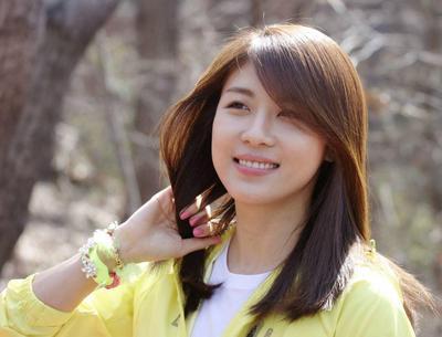 1. Ha Ji Won