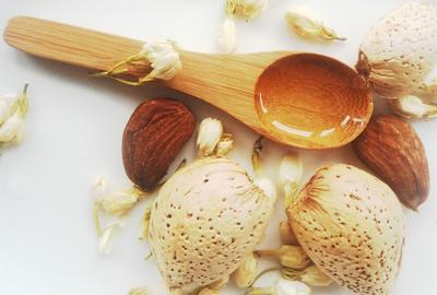 5 Manfaat Almond Oil untuk Kecantikan