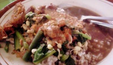 Nasi Pecel Rawon Pucang