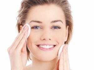 Cara Perbaiki Makeup yang Benar