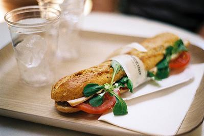 Tips Makan Roti Saat Sedang Diet