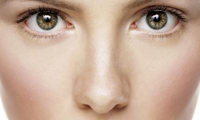 Waspadai Cara Menghilangkan Bulu Hidung Dengan Dicabut