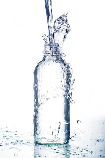 Konsumsi Air Putih Lebih Sering