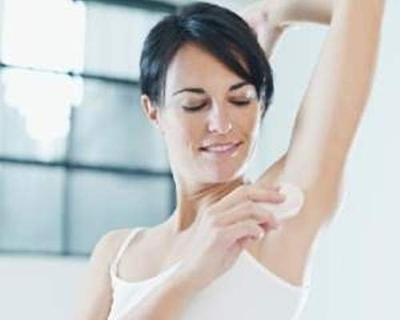 Manfaatkan Baking Soda dan Cuka untuk Mencegah Bau Badan