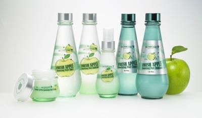 2. Skinfood Fresh Apple Sparking Pore Emulsion