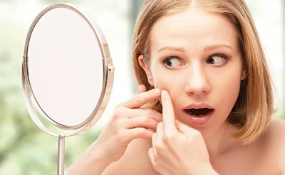 Cara Mengenali & Mengatasi Jerawat Hormonal