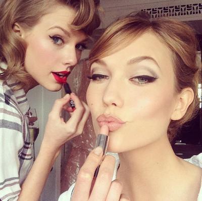 Produk-Produk Makeup untuk Selfie Sempurna