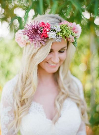 Tips Memperoleh Rambut yang Menawan di Hari Pernikahan