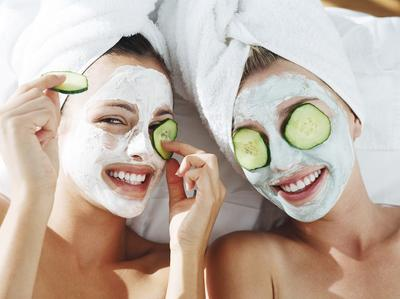 Ladies, Ini Lho Varian Masker Freeman yang Bagus Untuk Kulit Kering