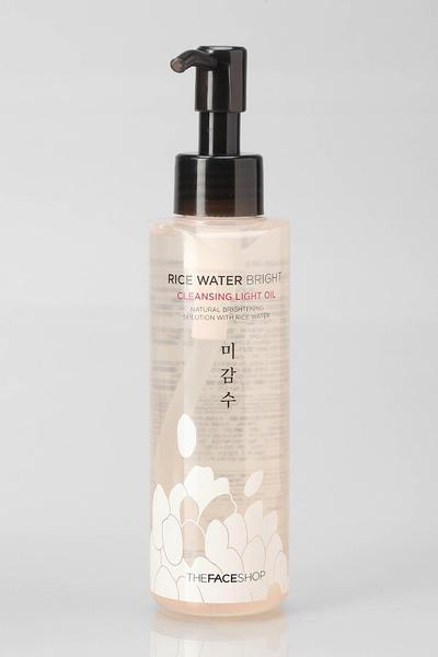 3. The Face Shop Rice Water Bright Cleansing Light Oil