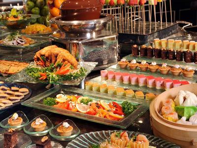 4 Restoran All You Can Eat Surabaya ala Hotel yang Wajib Dicoba