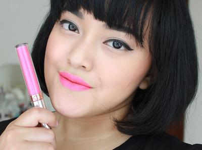 1. Follow Beauty Blogger & Makeup Artis