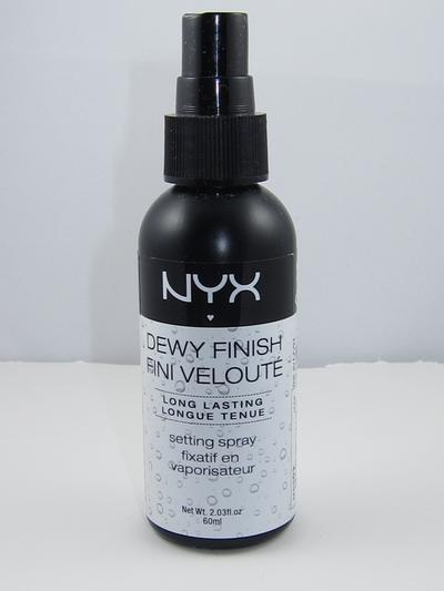 4 Setting Spray Pilihan Agar Makeup Tidak Mudah Luntur