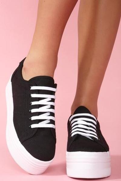 4. Memilih Sepatu Sesuai Bentuk Tubuh