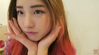 Tips Daily Makeup ala Korea dari Vlogger Han Yoo Ra