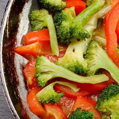 3. Menghambat Pembentukan Melanin Dengan Mengonsumsi Vitamin K