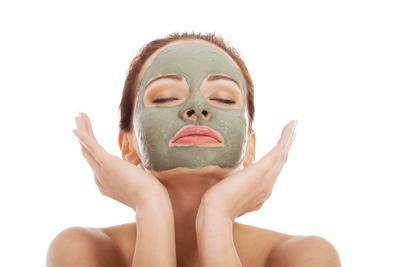 Hilangkan Komedo Dengan Berbagai Pilihan Clay Mask