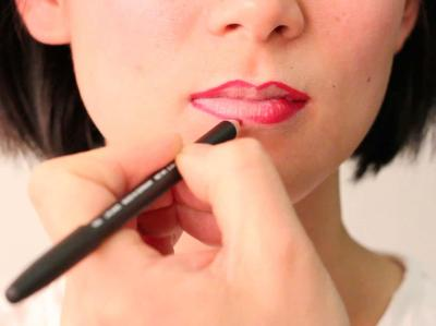 5 Pilihan Lip Liner Terbaik di Bawah Rp200 Ribu