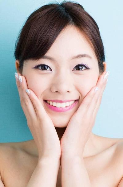 Rekomendasi Produk Skincare Korea untuk Menyamarkan Bekas Jerawatmu