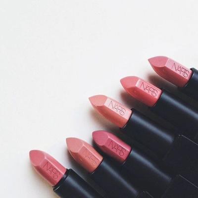 Deretan Lipstik Terbaik & Terlaris dari NARS