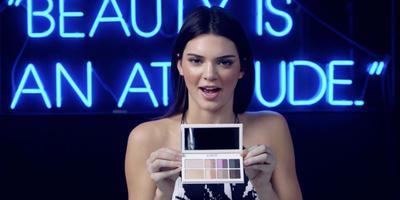 Kendall Jenner Luncurkan Eyeshadow Palette Bersama Estee Lauder