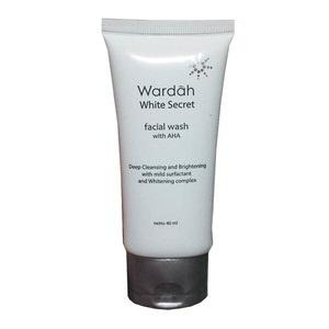 4. Wardah White Secret Facial Wash with AHA