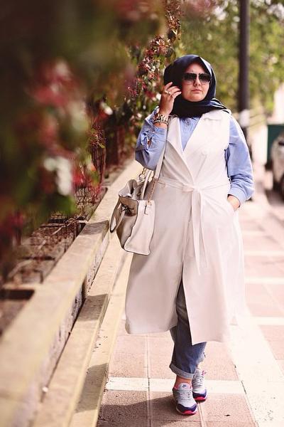 Tips Memilih Hijab untuk Wanita Bertubuh Gemuk | Fashion ...