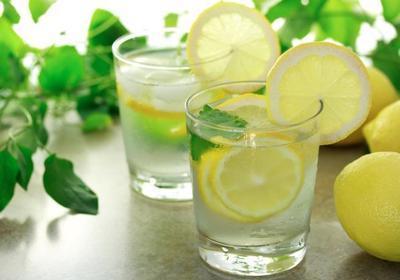 Air Hangat & Lemon