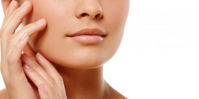 Tips Mudah Cegah Bibir Kering & Pecah-Pecah Saat Puasa