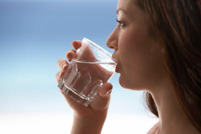 3. Minum Air Putih