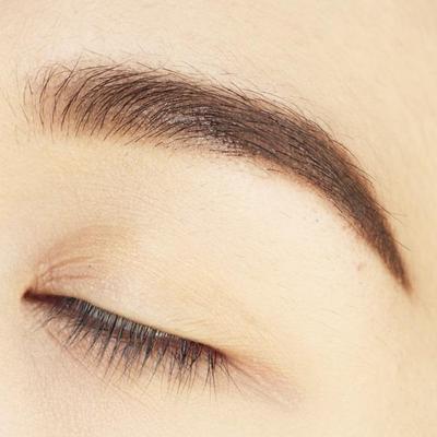 Pilih Mana Eyebrow Powder atau Pensil Alis?
