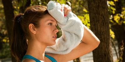 7 Cara Mencegah Dehidrasi Saat Puasa