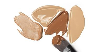 Butuh Makeup yang Tahan Lama? Ini 4 Foundation Waterproof Terbaik!