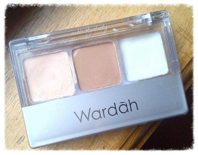 Wardah Double Function Kit, Concealer dan Eyebase Praktis