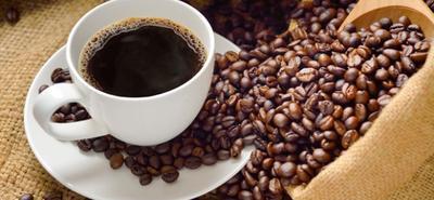 6. Kurangi Konsumsi Kafein dan Alkohol
